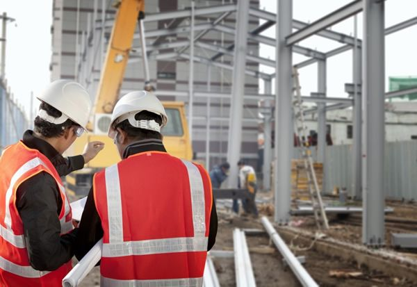 construction-workers-in-article-image.jpg